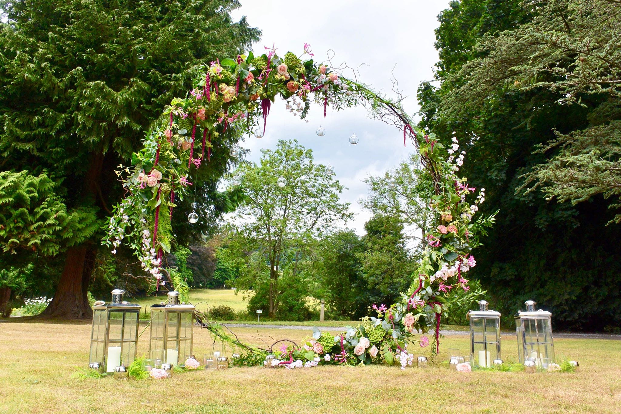 8ft floral hoop - Diamond Hire & Styling